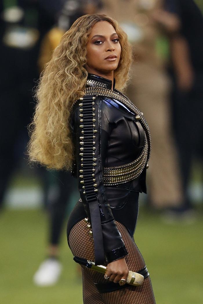 Beyoncé, sensationnelle lors du Super Bowl 2016