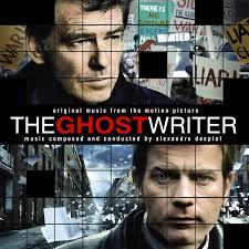Le célèbre film The Ghost Writer a traité la problématique du recours aux écrivains fantômes