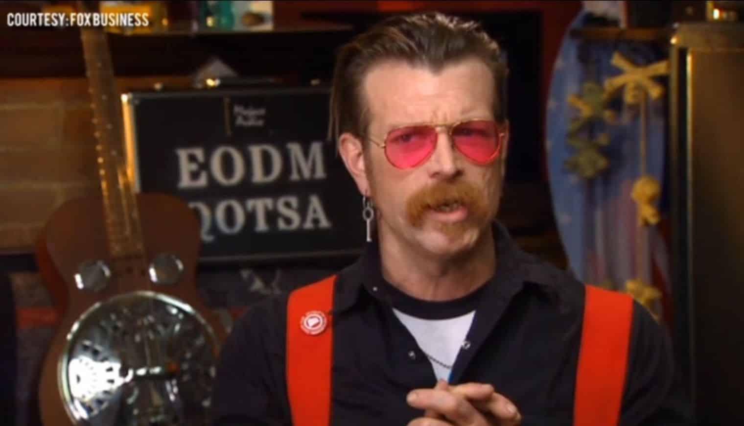 Le chanteur et guitariste des Eagles of Death Metal