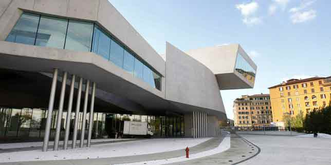 MAXXI-(Musée-national-des-arts-du-XXIe-siècle)-à-Rome