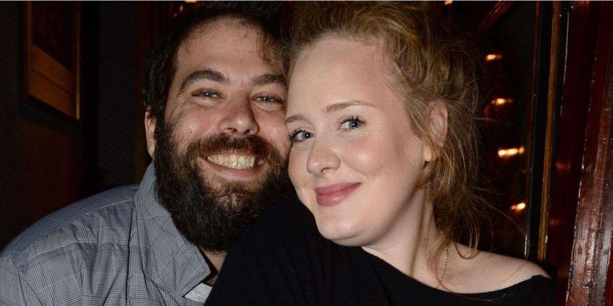 Les photos ont été volées à partir d'une adresse mail de Simon Konecki, le compagnon d'Adele.