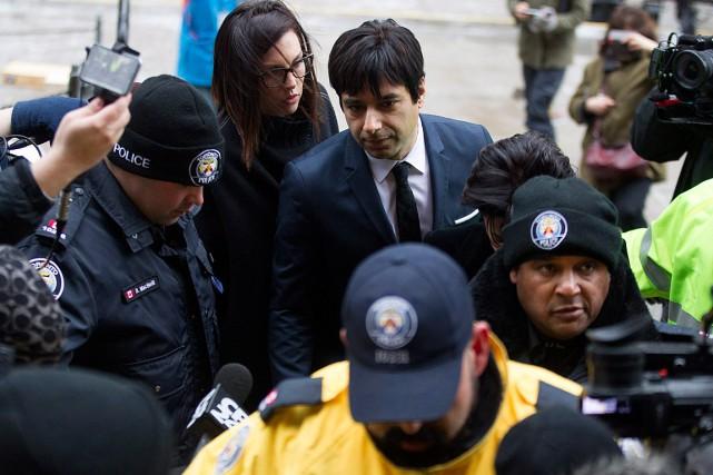 L'ancien animateur vedette du réseau anglais de Radio-Canada Jian Ghomeshi s'est rendu à la Cour aujourd'hui. Photo PC