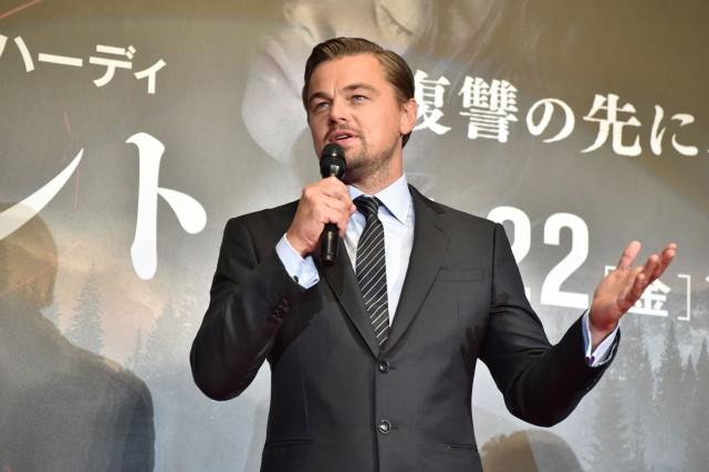 Leonardo DiCaprio était à Tokyo hier afin d'assister à la première du film The Revenant. Photo AFP