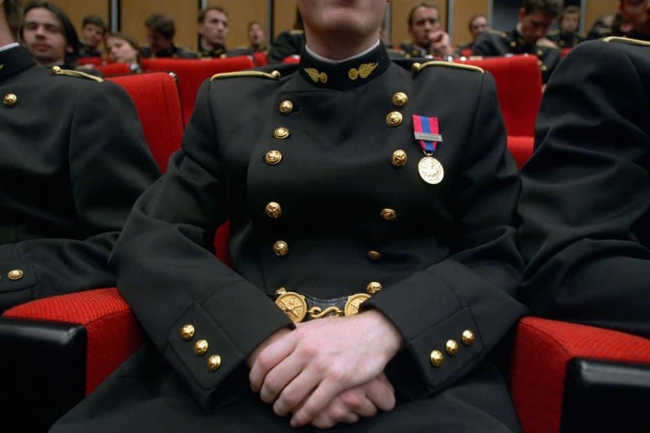 Un élève de l'Ecole Polytechnique en uniforme - Photo AFP