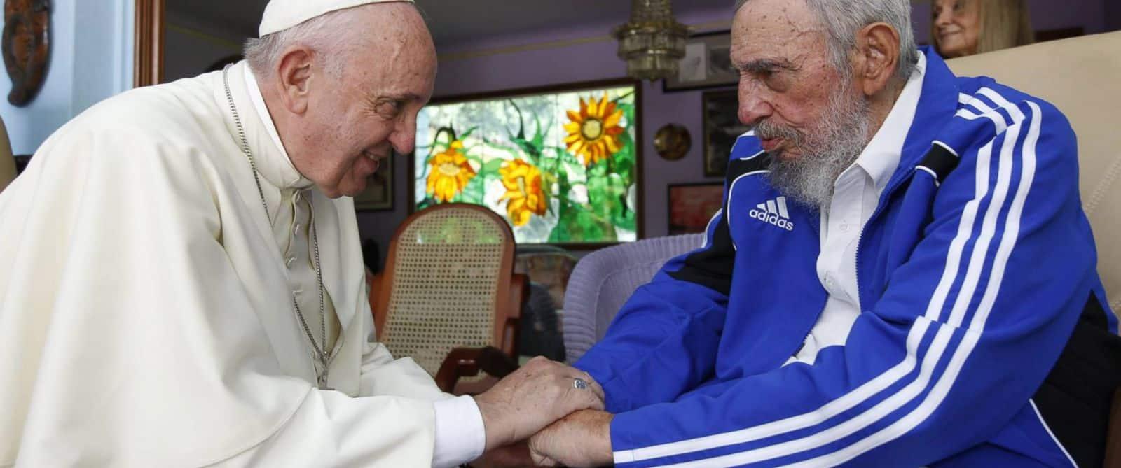 Fidel Castro en survêtement Adiads lors de sa rencontre avec le Pape en septembre 2015