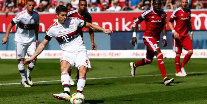 Robert Lewandowski a marqué deux fois ce samedi. Reuters