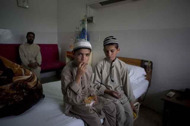 Abdul Rasheed, 9 ans, et son frère Shoaib Ahmed, âgé de 13 ans