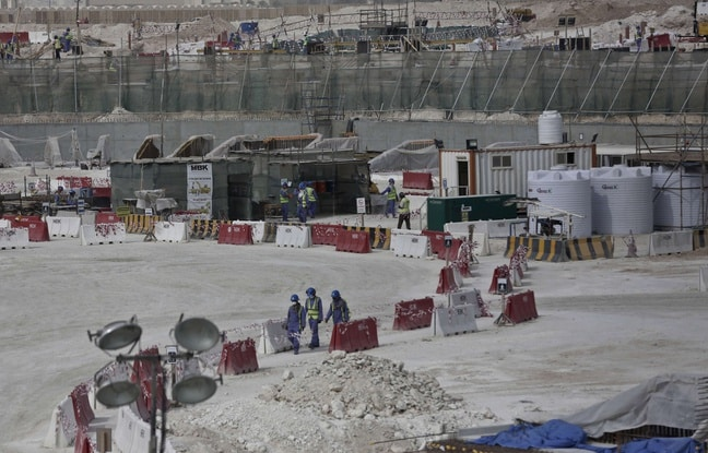 Un chantier de stade au Qatar pour la Coupe du monde 2022. Photo SIPA