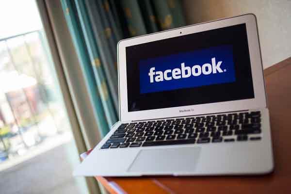 Racisme: Une plainte déposée contre Facebook et Mark Zuckerberg