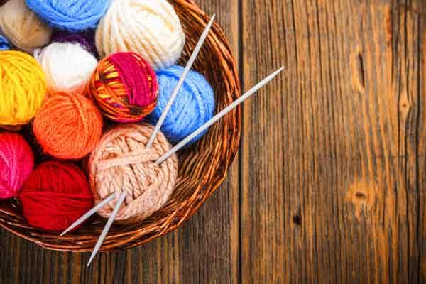 id e wtf faire du tricot avec des nouilles. Black Bedroom Furniture Sets. Home Design Ideas