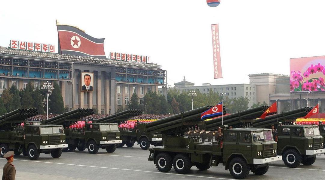 La Corée du Nord tire 3 missiles dans les eaux du Japon