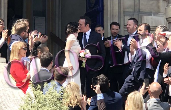 Photos closer jean dujardin et nathalie p chalat radieux for Dujardin 2018