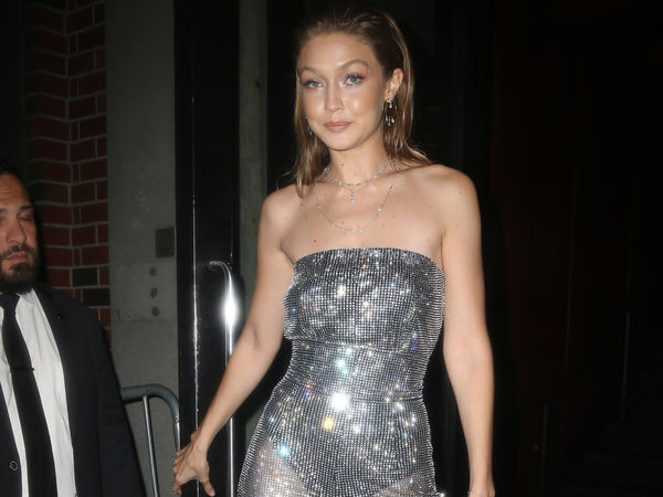 Photos Gigi Hadid Scintillante Et Toute En Transparence Lors De La Fashion Week De New York