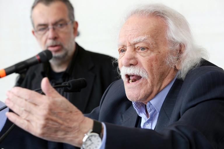L'ancien eurodéputé grec Manolis Glezos, figure de la gauche et de la résistance contre les nazis, le 1er mai 2015 à Hambourg