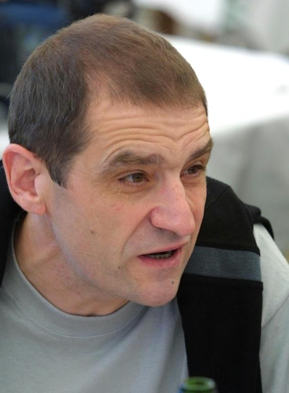 L'ancien leader de l'organisation séparatiste basque ETA, Josu Ternera, le 17 novembre 2002 à Bayonne, dans le sud-ouest de la France