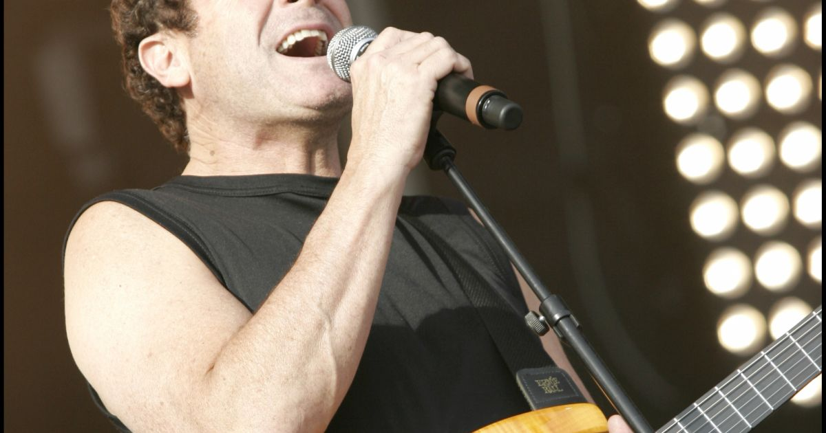 Mort de Johnny Clegg : Yannick Noah, Emmanuelle Béart… Ils lui rendent hommage