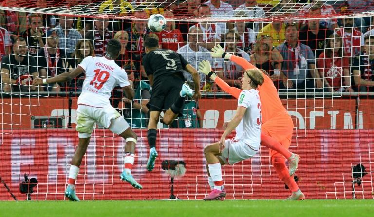 Le défenseur de Dortmund Achraf Hakimi buteur lors de la victoire 3-1 à Augsbourg le 23 août 2019