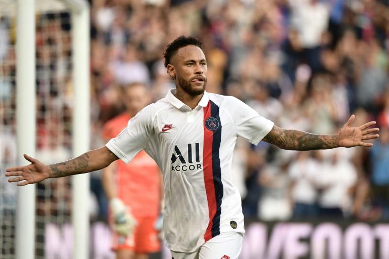 L'attaquant brésilien du Paris SG, Neymar, savoure son but contre Strasbourg, en L1 au Parc des Princes, le 14 septembre 2019