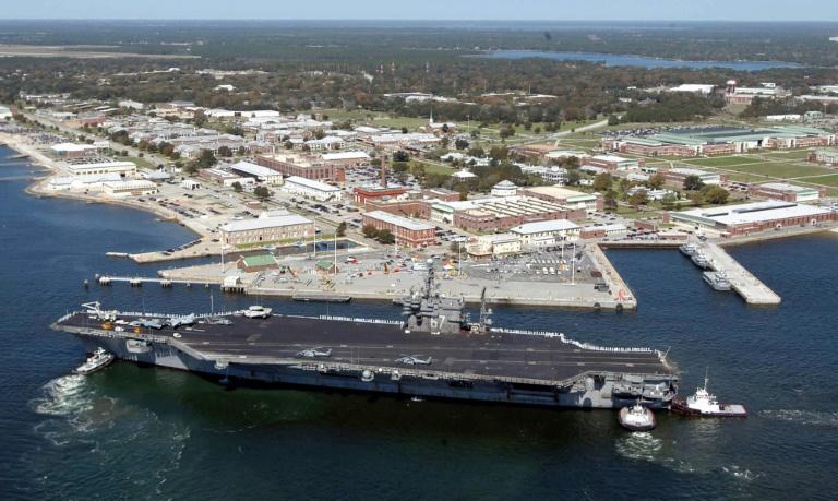 La base aéronavale de Pensacola, en Floride, le 18 mars 2004