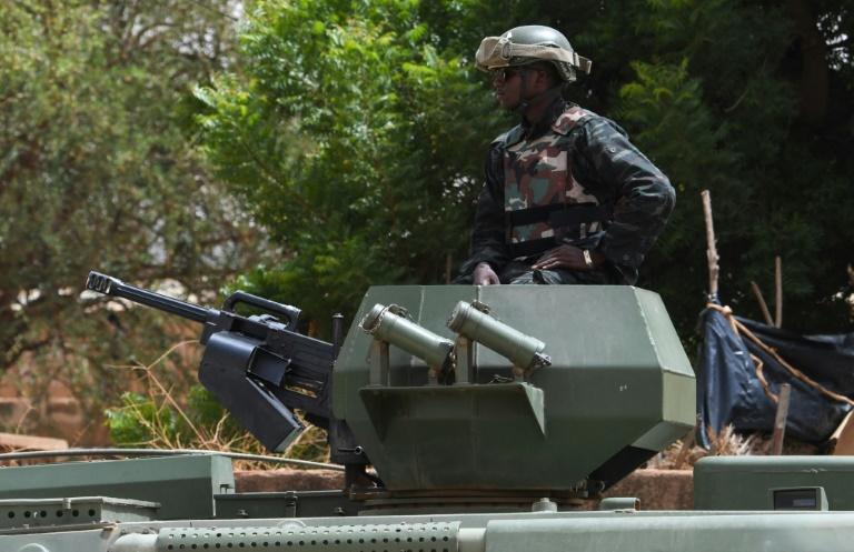 Un soldat nigérien dans un véhicule blindé à Niamey, le 7 juillet 2019.