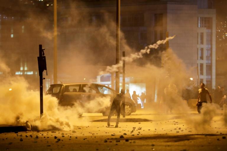 Des heurts entre manifestants antipouvoir et police libanaise à Beyrouth, le 14 décembre 2019