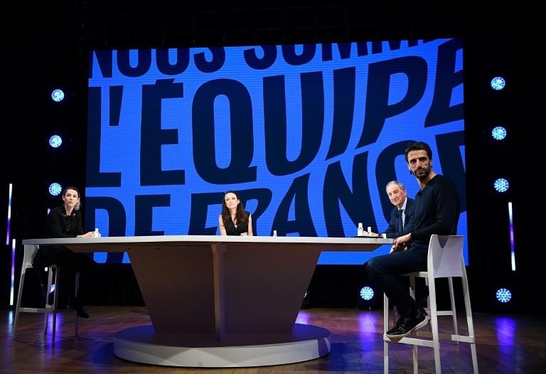 La présidente du Compité paralympique français Marie-Amélie Le Fur (g), son homologue du Comité olympique Denis Masseglia, Tony Estanguet (d) lors d'une réunion en visio à Aubervilliers, le 14 avril, 2021, à 100 jours des Jeux paralympiques