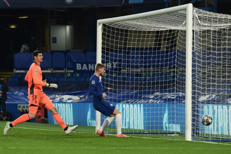 L'attaquant allemand de Chelsea, Timo Werner, ouvre le score lors de la demi-finale retour de la Ligue des champions contre le Real Madrid, à Londres, le 5 mai 2021