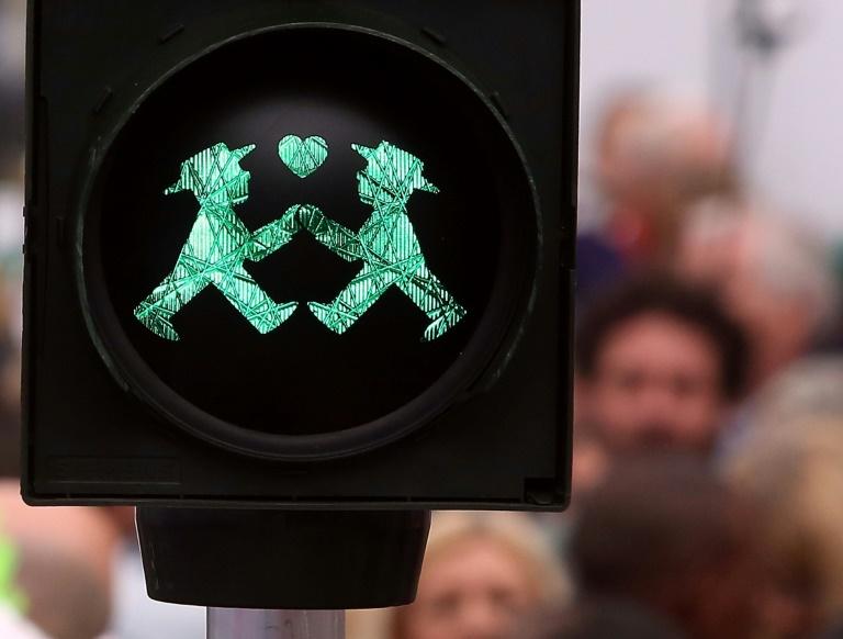 Des prêtres catholiques ont lancé une vaste action en Allemagne visant à bénir le mariage de couples homosexuels, auquel le Vatican a récemment réaffirmé sa stricte opposition