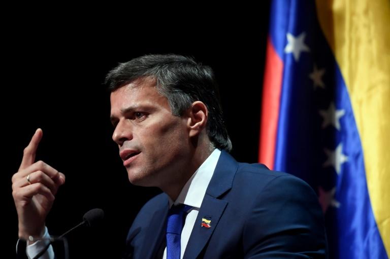 L'opposant vénézuélien Leopoldo Lopez lors d'une conférence de presse, le 27 octobre 2021 à Madrid