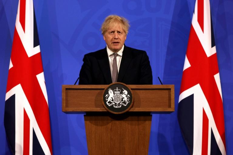 Le Premier ministre britannique Boris Johnson lors d'une conférence sur la situaiton sanitaire le 10 mai 2021 à Londres