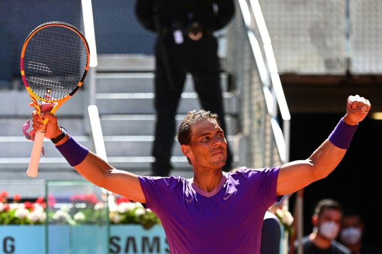 L'Espagnol Rafael Nadal, vainqueur de l'Australien Alexei Popyrin en 8e de finale du Masters 1000 de Madrid, le 6 mai 2021