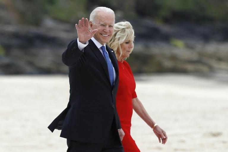 Le président américain Joe Biden et la Première dame Jill Biden dans les Cournailles, pour le sommet du G7, le 11 juin 2021