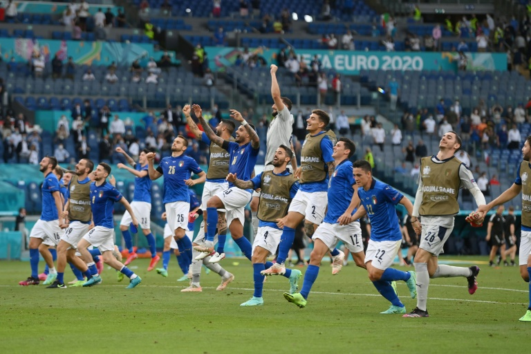 La joie des Italiens après avoir battu le pays de Galles, 1-0, lors de la 3e journée du groupe A à l'Euro 2020, le 20 juin 2021 à Rome