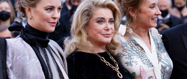 Cannes 2021 : Catherine Deneuve, rayonnante, savoure son grand retour au Festival