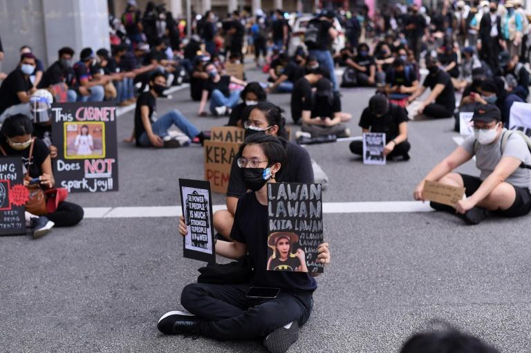 Des Malaisiens manifestent contre leur gouvernement à Kuala Lumpur, le 31 juillet