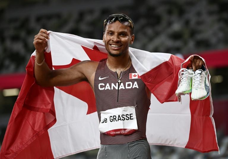 Le Canadien Andre de Grasse médaille d'or du 200 m aux JO de Tokyo, le 4 août 2021