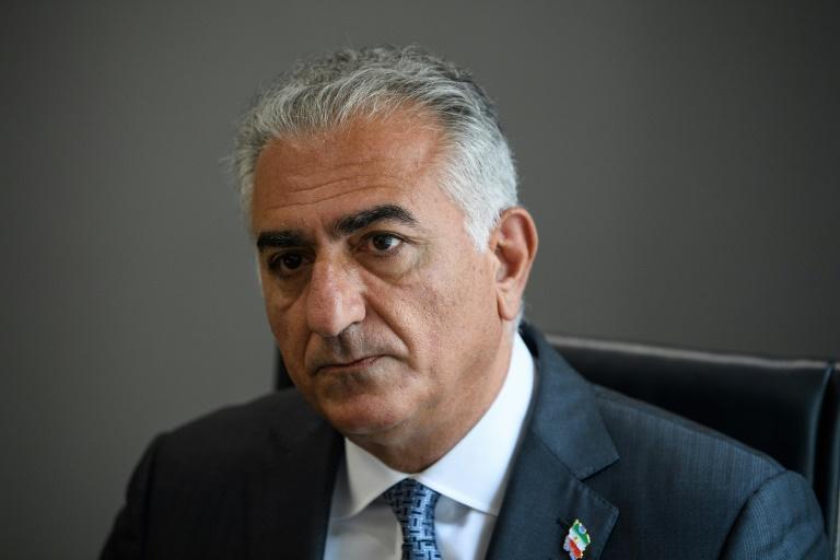 Reza Pahlavi, fils du chah d'Iran, lors d'une interview avec l'AFP à Washington, le 3 août 2021