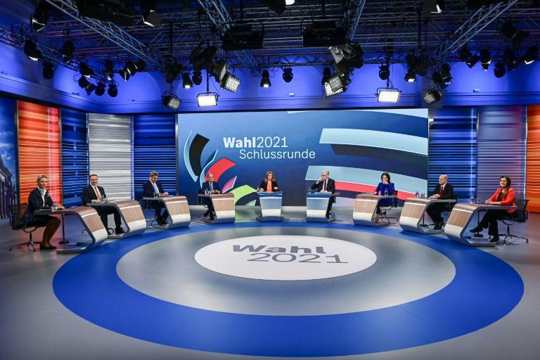 Les principaux candidats à la succession d'Angela Merkel lors d'un débat télévisé le 23 septembre 2021