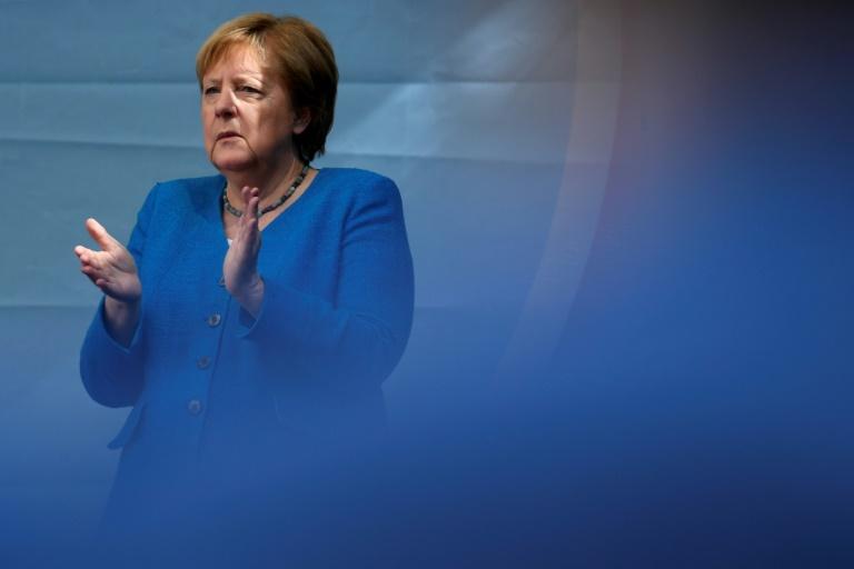 La chancelière allemande Angela Merkel lors d'un meeting de soutien au candidat conservateur Armin Laschet à Aix-la-Chapelle, le 25 septembre 2021, à la veille des élections législatives