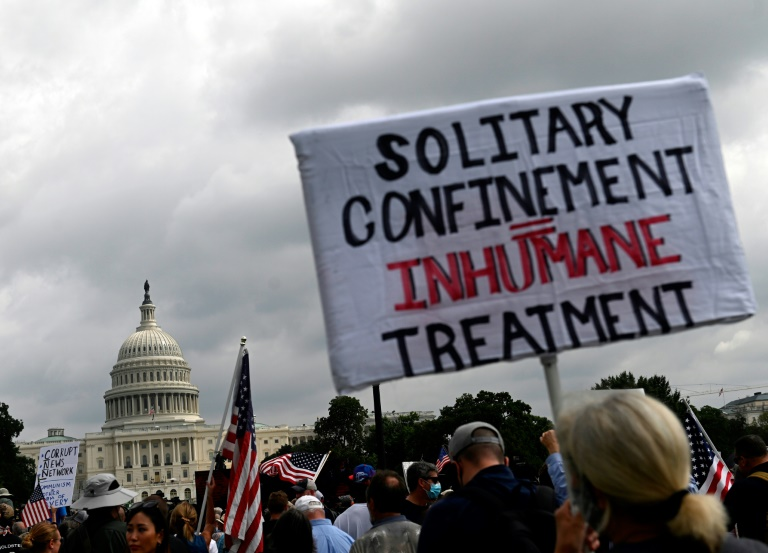 Des manifestants réunis le 18 septembre 2021 à Washington en soutien aux partisans de Donald Trump arrêtés pour avoir participé au violent assaut du siège du Congrès américain le 6 janvier