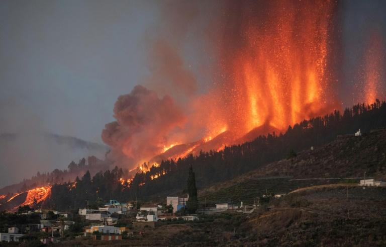 Eruption du volcan Cumbre Vieja, sur l'île d'El Paso, dans l'archipel espagnol des Canaries, le 19 septembre 2021