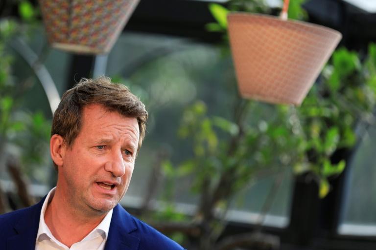Yannick Jadot s'exprime le 19 septembre 2021 à Paris après avoir été qualifié pour le second tour de la primaire écologiste