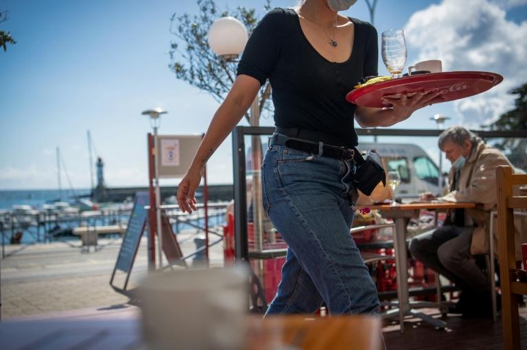 Dans un café de Belle-Ile-en-Mer, le 19 mai 2021