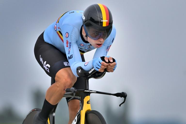 Le coureur belge Wout Van Aert lors du contre-la-montre individuel des Mondiaux de cyclisme sur route à Bruges, le 19 septembre 2021