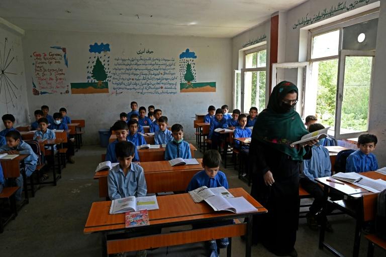 Des écoliers à Kaboul le 30 août 2021